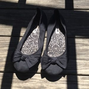 Black American Eagle Flats with Bow